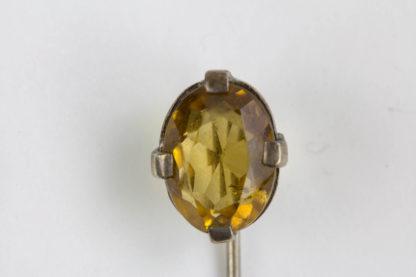 Krawattennadel, 20. Jh., Silber, gefasster Citrin, Gebrauchsspuren. L: 6 cm, www.beyreutehr.de