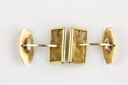 Paar Manschettenknöpfe, um 1900, 585er Gold, Geschenk, verziert mit dem bekrönten Monogramm von Ernst August und Thyra von Hannover, leichte Gebrauchsspuren. 11,3 g.