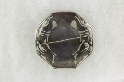 Brosche, Peru, 20. Jh., Silber (925er gestempelt), im aztekischen Stil, aufgesetztes Mittelteil aus Gold (18 Karat), gebrauchter, guter Zustand. 5,2 cm x 5,2 cm